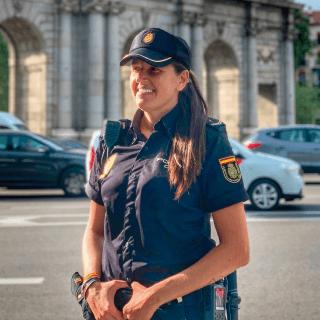 Laura García (@laura_two.hearts) - Café solidario para opositores
